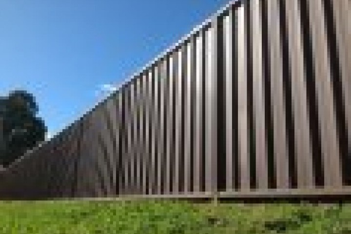 Your Local Fencer Commercial fencing 720 480