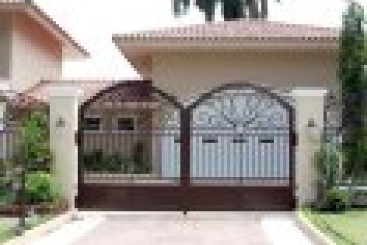 Your Local Fencer Gates 720 480