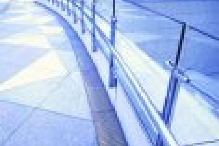 Your Local Fencer Glass fencing 720 480