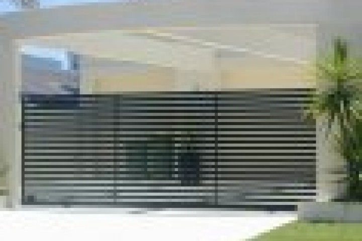 Your Local Fencer Modular Wall Fencing 720 480
